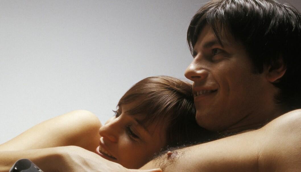 Menn med et stort forbruk av porno ble mer tent av milde pornofilmer og følte en større seksuell lyst generelt, ifølge den amerikanske studien.  (Foto: Colourbox)