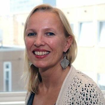 Kristin Syverud ved Papir- og fiberinstituttet ser nye medisinske anvendelser av nanocellulose.  (Foto: Atle Antonsen)
