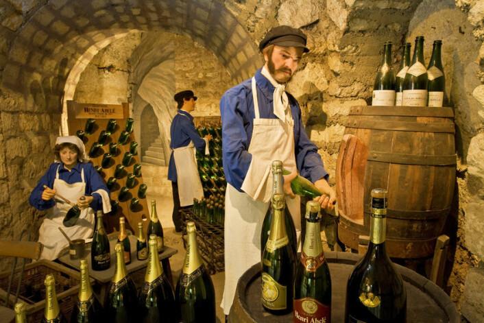 """Det er lett å bli litt stiv i blikket når man lager champagne. (Foto: MDV olivier, <a href=""""http://creativecommons.org/licenses/by-sa/3.0/deed.en"""" target=""""_blank"""">Creative Commons</a>)"""