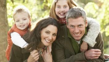 Norske vertsfamiliar meiner at au pairen gir meir overskott og kvalitetstid i kvardagen, både i parforholdet og saman med barna.  (Foto: Colourbox)