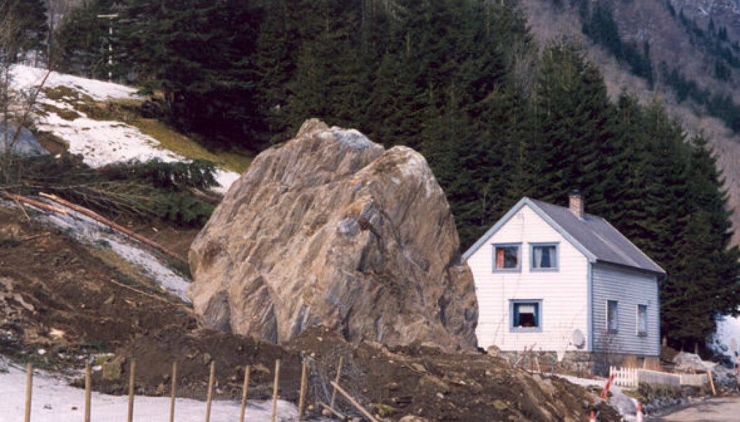 Mundheim i Kvam herad, Hordaland, mars 2004. (Foto: NGI)