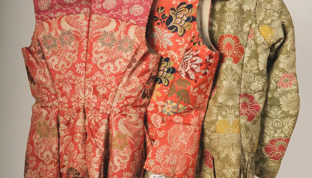 Da silke var forbudt, brukte bøndene kamgarn