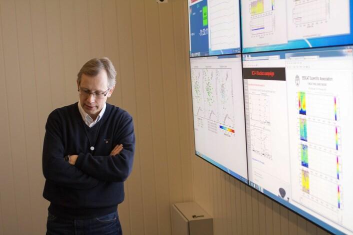 Prosjektleder Jøran Moen i det vitenskapelige kontrollrommet på Andøya.  (Foto: David Miles, University of Alberta)
