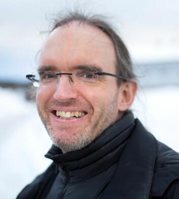 Johan Schimanski mener at historien om polarekspedisjonen som offisielt oppdaget Franz Josefs land, er en av de aller første historiene om hvordan vanlige folk ble til helter og kjendiser. (Foto: Stig Brøndbo)
