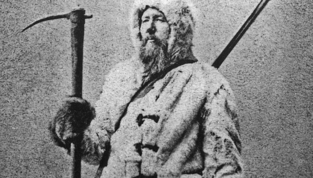 Elling Carlsen var den første som seilte rundt Spitsbergen og ble med på ekspedisjonen som kjentmann og islos. Dette bildet er trolig tatt rett etter den østerriks-ungarske ferden. (Foto: Tromsø Museum – Universitetsmuseet)