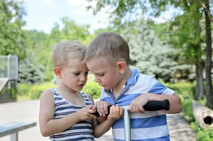 Det er særlig gutter som fortsetter å ha vanskeligheter med sinne og utagerende oppførsel. (Illustrasjonsfoto: Colourbox)