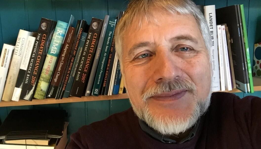 Eystein Jansen anbefaler et storverk i moderne naturvitenskap. Selfie