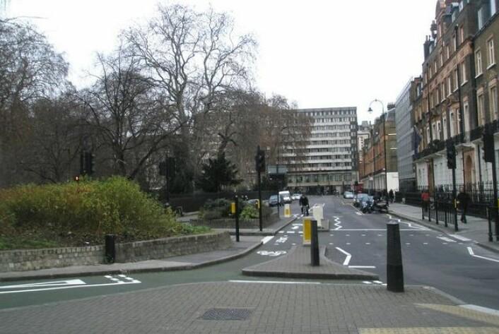 """I de pittoreske smågatene rundt Russell Square... Neida, men i hvert fall en fotgjengerovergang som har formet vår moderne historie. (Foto: Basher Eyre, <a href=""""http://creativecommons.org/licenses/by-sa/2.0/deed.en"""" target=""""_blank"""">Creative Commons</a>)"""
