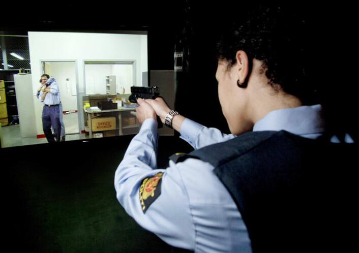 Firearms Training Simulator (FATS) ved Politihøgskolen (Foto: Sveinung Uddu Ystad/Politihøgskolen)