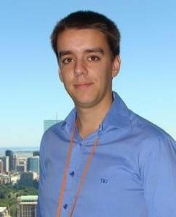 Luis Fernandez-Luque har utviklet en søkemotor som anslår troverdigheten i innholdet på sosiale medier. (Foto: Privat)