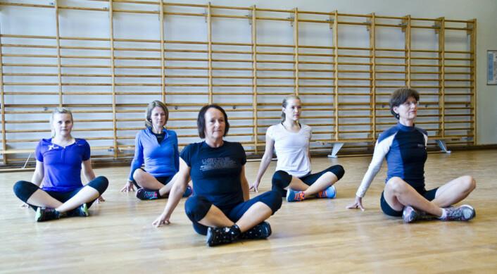 Styrketrening av bekkenbunnsmusklene må bli like naturlig for kvinner som å trene andre muskelgrupper, mener professor Kari Bø.  (Foto: Andreas B. Johansen)