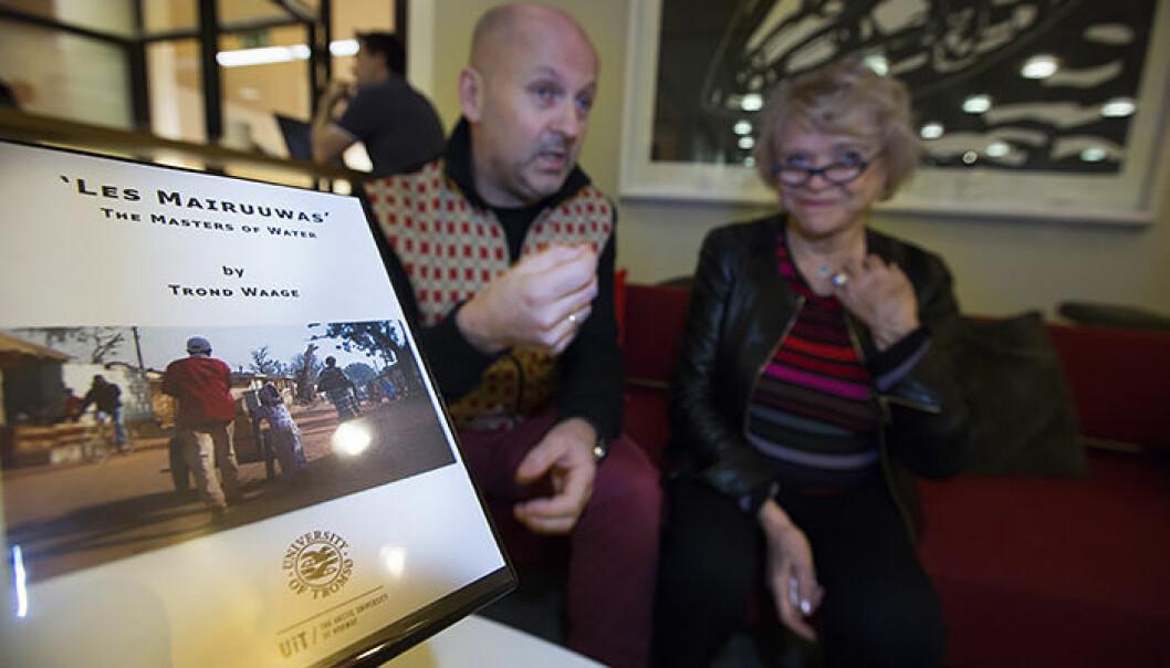 Da Eva Joly besøkte Tromsø under Arctic Froniters, fikk hun med seg en kopi av filmen til Trond Waage hjem til Frankrike slik at hun kunne se den før helgens festival. (Foto: Stig Brøndbo)