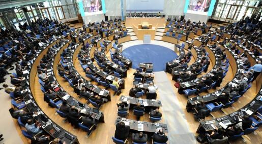 Avdekker svikt i internasjonalt demokrati