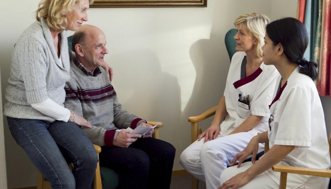 Kvinner får ofte mindre støtte fra hjelpeapparatet når de er pårørende til noen som trenger rehabilitering etter sykdom eller skade, enn menn i samme situasjon.  (Foto: Scanpix, Heiko Junge)