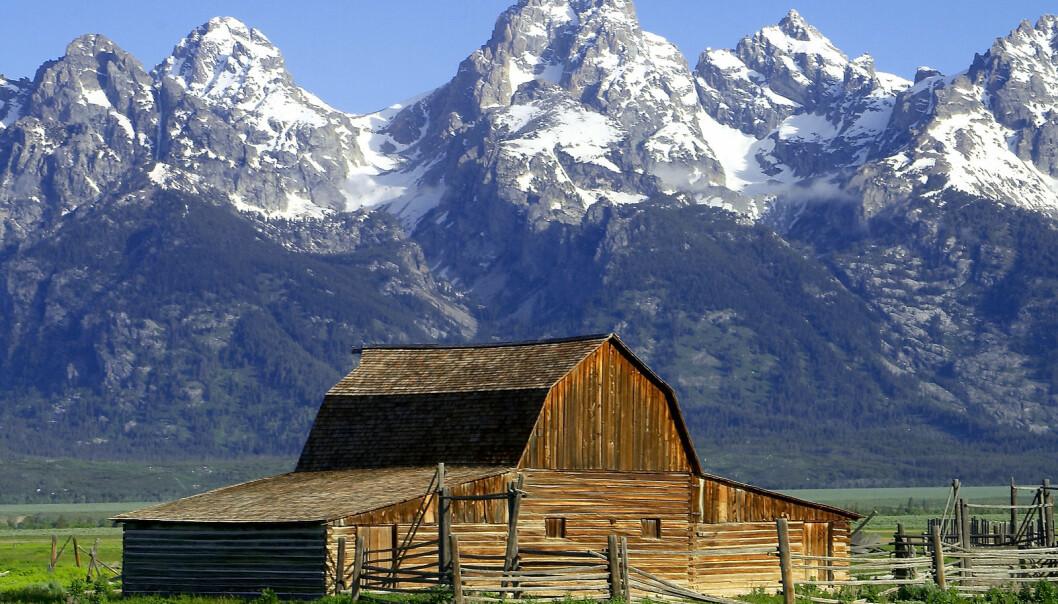 En amerikansk studie tyder på at folk som bor i høyden, sjeldnere får lungekreft. Bildet viser fjellkjeden The Tetons, en del av Rocky Mountains.  (Foto: Wikimedia Commons/ Jon Sullivan, PD Photo. Bildet er offentlig eiendom)