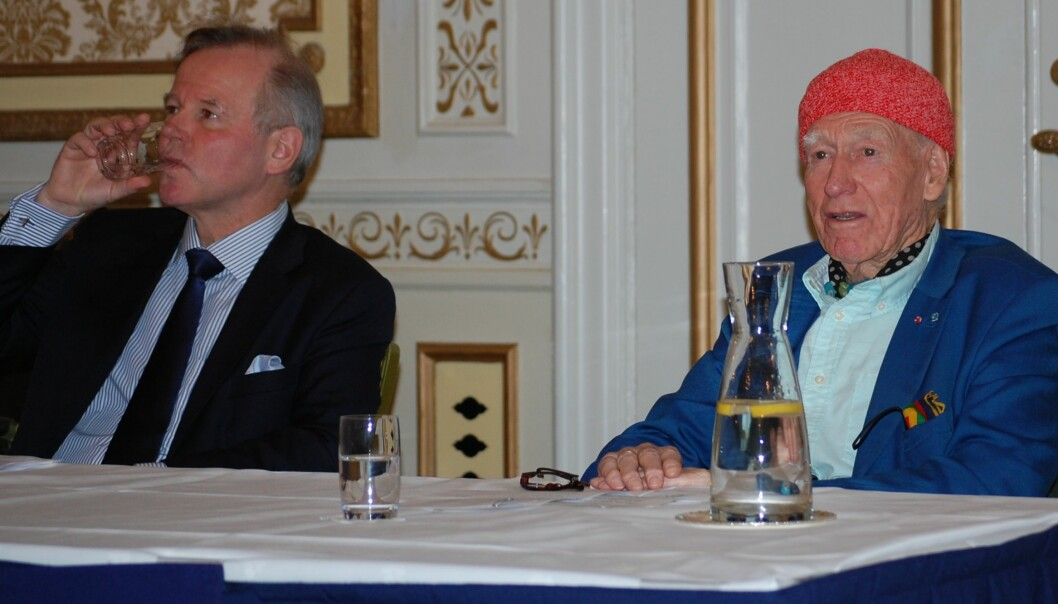 Rektor Ole Petter Ottersen ved Universitetet i Oslo har hjulpet Olav Thon å vurdere hvem som skulle få priser for fremragende forskning. To forskere som prøver å finne ut hvordan vi kan bremse aldring, får fem millioner hver.  (Foto: Anne Lise Stranden/forskning.no)