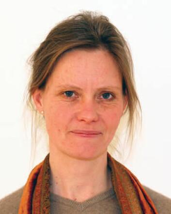 Anna Hagen Tønder ved Fafo mener at regjeringen gir signaler om at det offentlige verdsetter fagkompetanse når de nå vil stille strengere krav til bedriftene om å ta inn lærlinger.  (Foto: Universitetsforlaget)