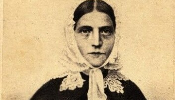 Henriette Gislesen argumenterte for det tradisjonelle kvinneidealet, men braut samstundes med det same idealet i iveren etter å spreie Guds bodskap.  (Foto: Wilh. Cappelen. Kilde: Misjonshøgskolen, Misjonsarkivet)