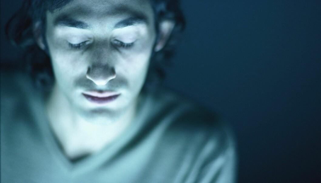 Det å oppleve at en forelder forsøker å ta livet av seg, gir økt risiko for selvmordsforsøk. (Illustrasjonsfoto: www.colourbox.no)