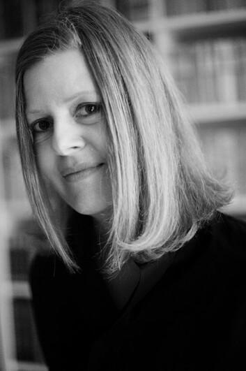 Mellom teknologi og mennesker skjer det en gjensidig påvirkning, ifølge Ina Blom, professor ved Institutt for filosofi, ide- og kunsthistorie og klassiske språk. - Hjernene våre utvikler teknologien, men teknologien bidrar også til å utvikle hjernene våre og en lang rekke andre aspekter ved samfunnet, sier hun. (Foto: UiO)