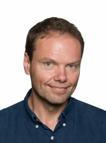 Professor Erlend Nagelhus er leder av GliaLab og Letten-senteret ved Institutt for medisinske basalfag ved Universitetet i Oslo og forsker ved Nevrologisk avdeling på Oslo Universitetssykehus, Rikshospitalet.  (Foto: UiO)