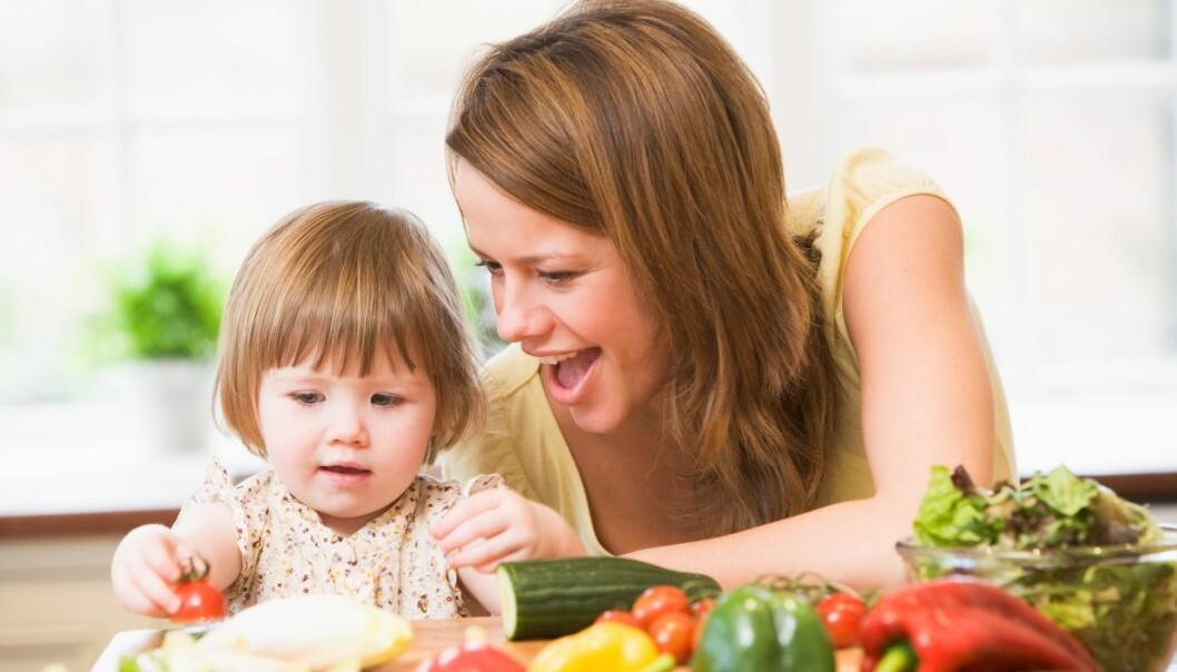 En tidlig start med grønnsaker legger grunnlaget for å opprettholde et godt kosthold livet ut. (Illustrasjonsfoto: Colourbox)