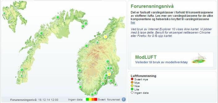 Kartet viser daglig forurensningsnivå for hele landet. Fargekodene fra hvit til rød indikerer hvor stor forurensningen er der du bor.  (Foto: (Illustrasjon: www.luftkvalitet.info))