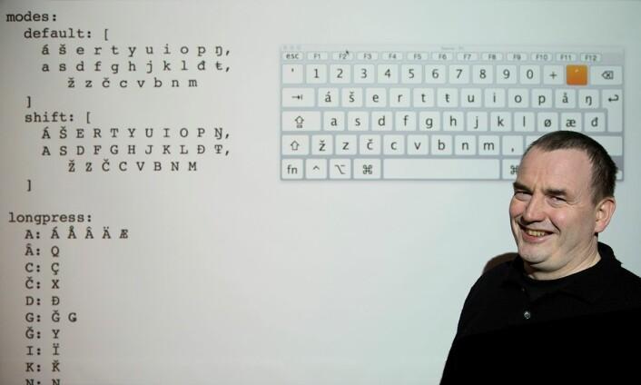 Professor Trond Trosterud har tidligere vært med på å utvikle et samisk tastatur for vanlige datamaskiner. Nå er det mobiltelefoner og nettbrett som får samisk tastatur. (Foto: Stig Brøndbo)