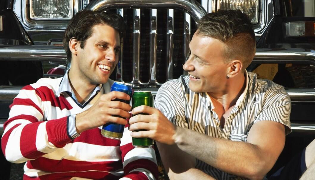 Retroseksuelle menn dyrker kameratskap og øldrikking. (Illustrasjonsfoto: NTB Scanpix)