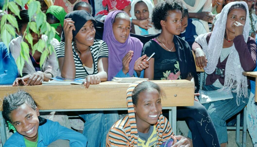 Skaper jenters utdanning nødvendigvis likestilling og utvikling? spør kronikkforfatteren. (Foto: Thera Mjaaland)