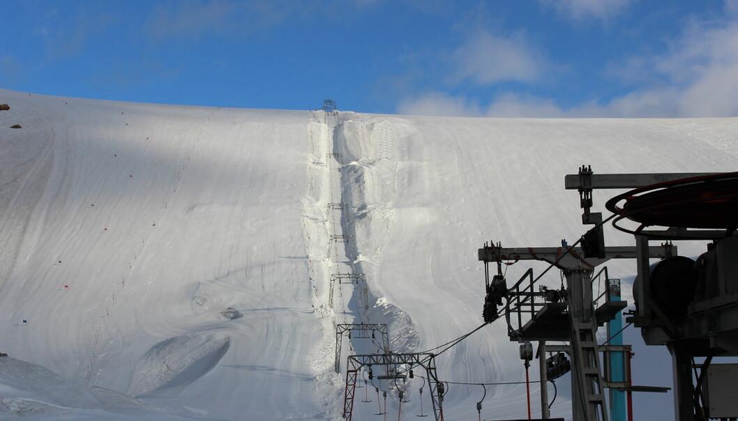 Folgefonna skisenter, hvor målingene fant sted. Ifølge gravimeteret har 7 meter med is forsvunnet på de siste 9 årene. (Foto: Vegard ophaug, NMBU)