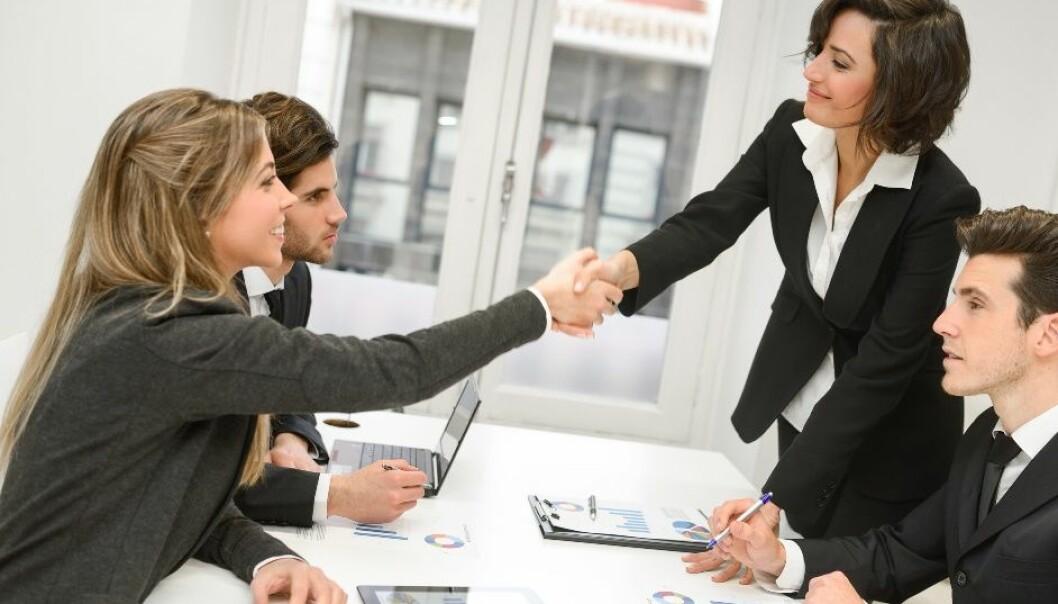 Hvordan kan rådgiverne finne ut av når det er mulig å levere standardløsninger og når de er nødt til å ty til skreddersøm for å gjøre kunden tilfreds? (Foto: Microstock)