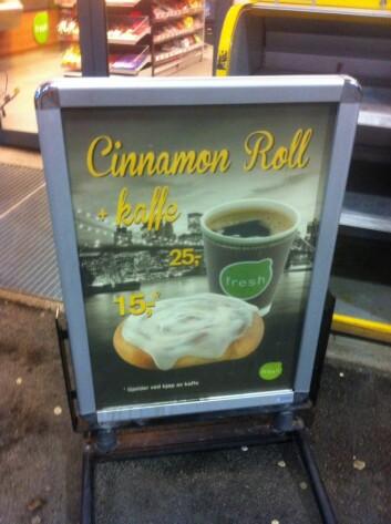 Shell Bjerkvik Reklame for kanelbolle med kaffi på Shell Bjerkvik, november 2014. (Foto: Øystein A. Vangsnes)
