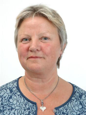 Kjersti Alsaker mener at arbeidsgivere må bli mer bevisste at partnervold kan påvirke særlig kvinners evne til å fungere i jobben.  (Foto: UiB)