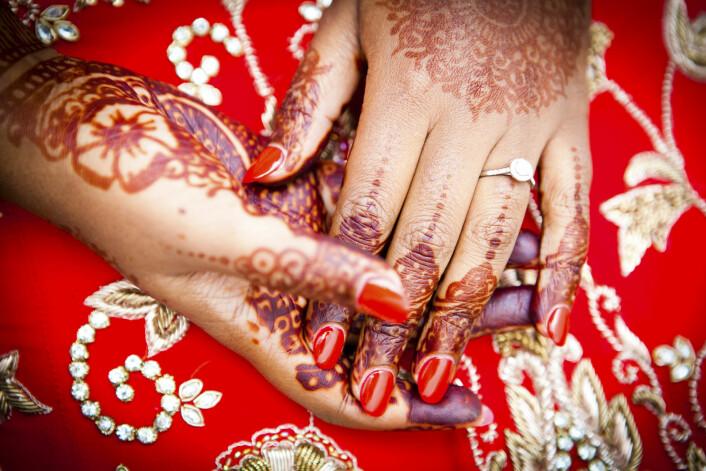 Om lag 5 prosent av pakistanske 21-årige jenter i Norge er nå gifte. En tredel av pakistanske 30 år gamle kvinner i Norge er nå ikke gift.  (Illustrasjonsfoto: iStock)