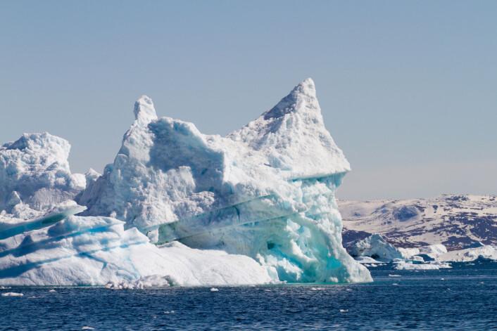 Små luftbobler i isen kan fortelle oss hvordan atmosfæren var før i tiden. (Foto: Microstock)
