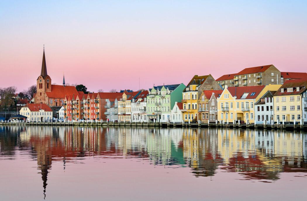Sønderborg i Danmark er på vei mot CO2-nøytralitet i 2029, etter tett samarbeid med forskere. (Foto: CatalinT / Shutterstock / NTB scanpix)