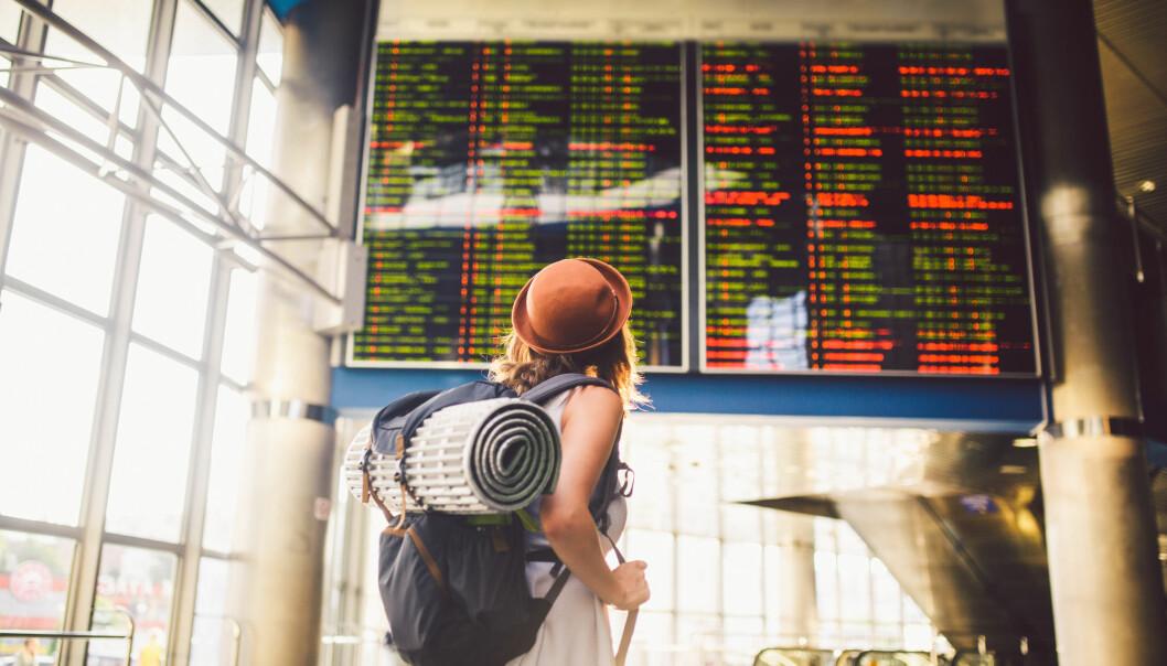 –Å bli kjent med folk er en stor del av gleden ved å reise, forteller forsker og reiseentusiast Veronica Blumenthal. (Illustrasjon: fotoliza / Shutterstock / NTB scanpix)