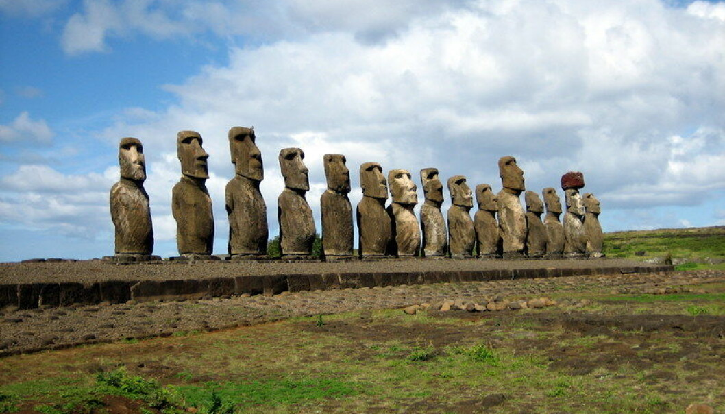 Moai-statuer på Påskeøya. (Foto: Ian Sewell/Creative commons)