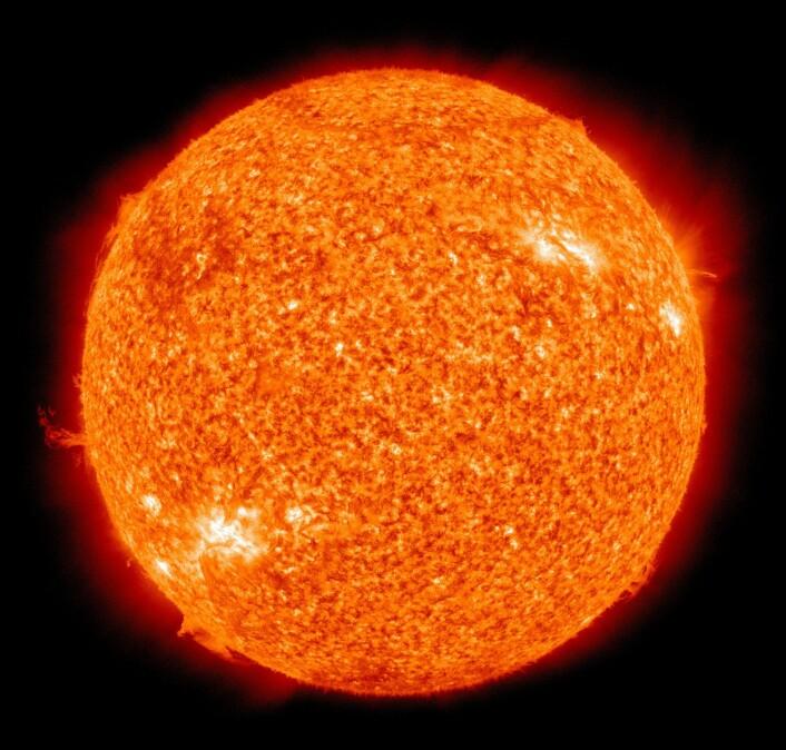 Sola, i all sin prakt, sett av Atmospheric Imaging Assembly (Foto: NASA/SDO)