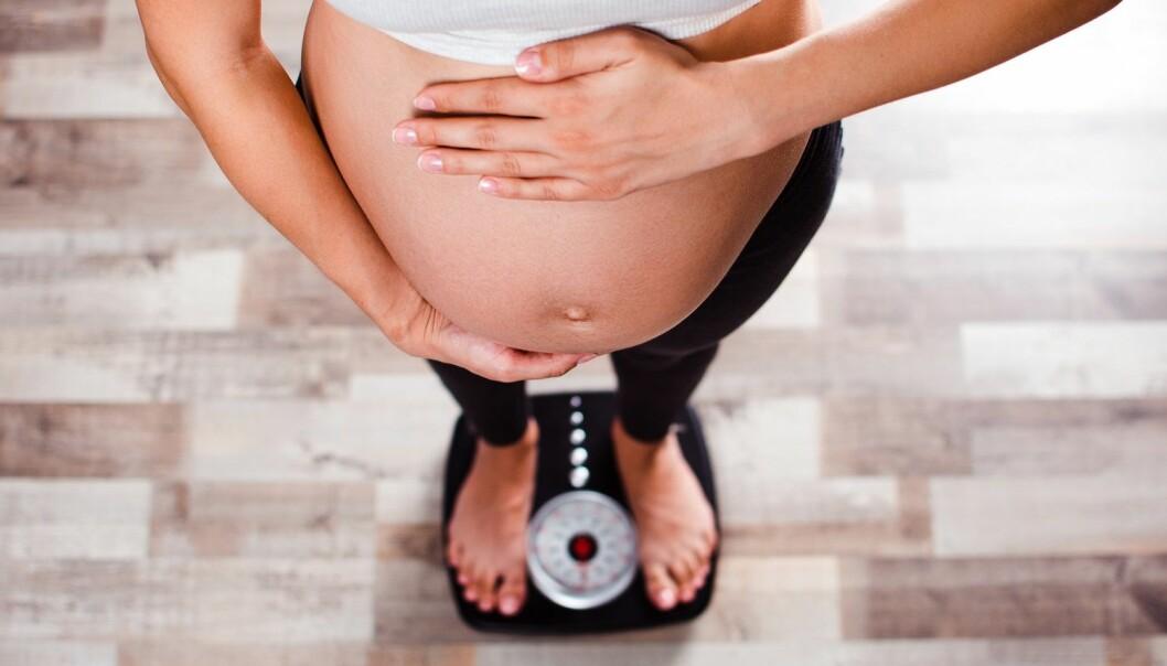 − Vi må tørre å snakke om vekt og helse for kvinner i hele den reproduktive perioden, sier forsker. (Illustrasjon: Q-stock / Shutterstock / NTB scanpix)