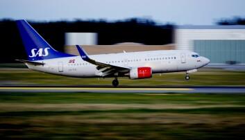 Med ny landingsteknologi trenger ikke flyet lenger komme inn i rett linje mot flyplassen. Her et SAS-fly på vei ned på Gardermoen. (Foto: Kyrre Lien, Scanpix)