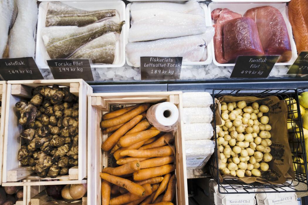 Ifølge en britisk studie har de som spiser bare fisk eller bare grønnsaker, lavere risiko for hjertesykdom. (Foto: Ole Gunnar Onsøien/NTB Scanpix)