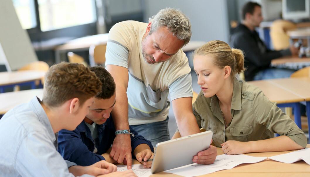 Vil du lykkes med tilbakemeldinger og veiledning av studenter bør du holde studentgruppene så små som mulig. (Illustrasjon: goodluz / Shutterstock / NTB scanpix)