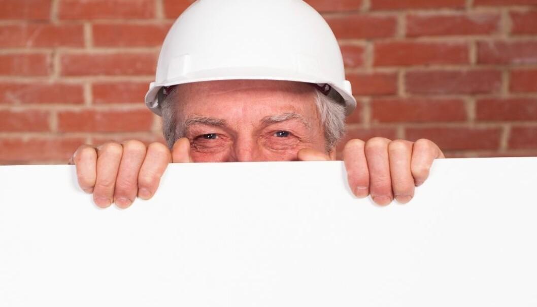 Siden IA-avtalen skjerpet kravene, har flere norske bedrifter og andre virksomheter innført tiltak for at ansatte skal kunne jobbe lenger før de pensjonerer seg. (Illustrasjonsfoto: Colourbox)