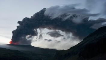 Våren 2010 brøt vulkanen Eyjafjallajökull på Island ut, og skapte flykaos i hele Europa.  (Foto: Scanpix, Orsolya Haarberg)