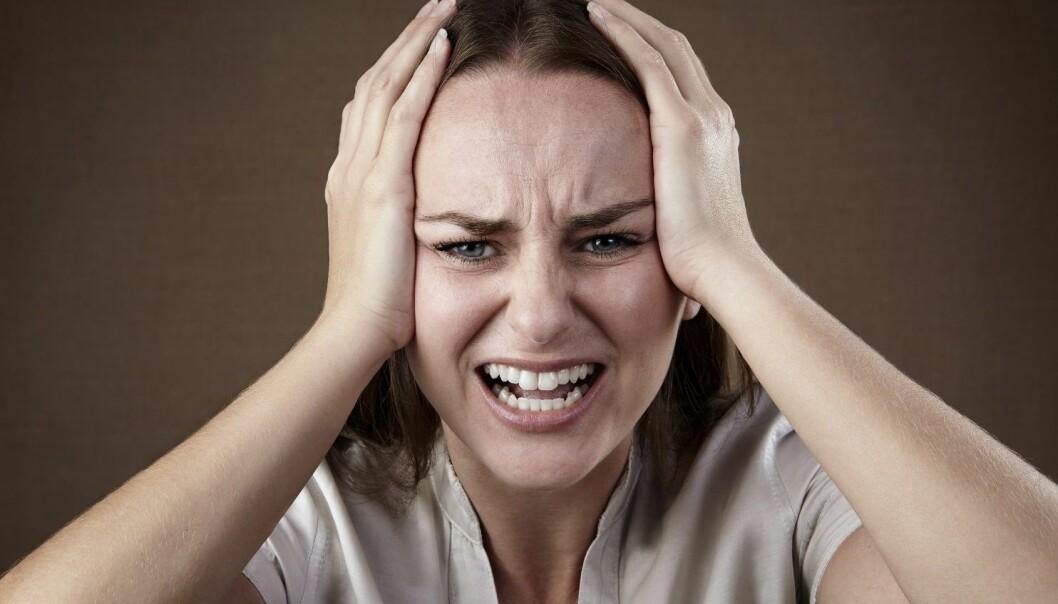 Migrene er en nevrologisk sykdom som gir seg utslag i anfall med ensidig, pulserende hodepine som kan vare i en halvtime og opptil 72 timer. En egen app kan bidra til både bedre kontroll over sykdommen og bedre medisinering.  (Foto: Microstock)