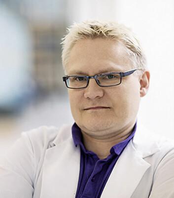 Erling Tronvik opplever allerede at hodepineeksperter fra utlandet har vist interesse for appen. Tronvik er postdoktor ved NTNU og lege ved St. Olavs Hospital.  (Foto: NTNU)