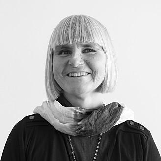 Grete Swensen fra NIKU har sett på hvordan industrielle kulturminner har blitt integrert i nyere bydeler i Bergen. (Foto: NIKU)