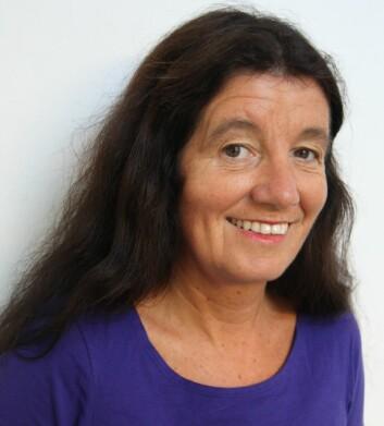 Professor Catharina de Lange Davies ved NTNU forsker på bruken av nanomedisin sammen med ultralyd. Dette skal gi bedre kreftbehandling.  (Foto: NTNU)